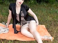 Wanilianna out in the fields showcasing off her curvy bod in retro corselette!