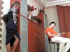 Russian mature Shenythia caught guy masturbating