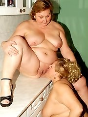 Fat older babes Anna and Yolanda try out different things and entertain their lesbian curiosity