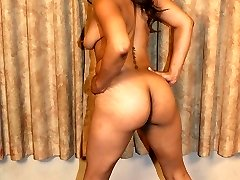 Sexy ebony pornstar Nyla Knight showcases her succulent bum before she gets her pussy pummeled