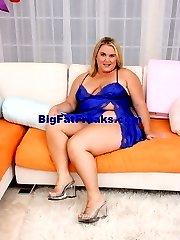 Big Blonde Momma