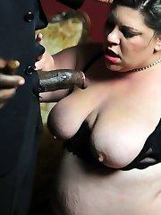 xxx BBW Latina deepthroating Black Gangster