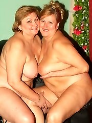 Phat older babes Anna and Yolanda try out different things and entertain their lezzie curiosity