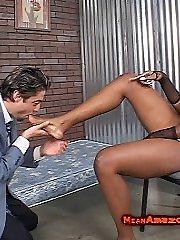 Videoclips of Ebony Mistress Nyomi Banxxx