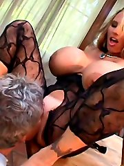 Older guy loves to eat and suck sweet pussy of this gorgeous slut with huge boobs