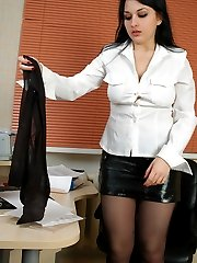 Leggy office girl finds a run and changes into new barely black pantyhose
