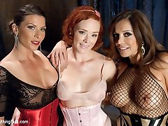 The one and only Audrey Hollander returns for an intense session of anal submission! Francesca...