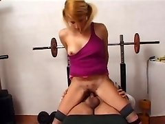Girl wants to fuck hairy muscular dad in gym