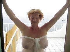 Mature and older decent gals like sex, too