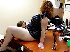 Cute Bbw Fuck & Pee in Public Office