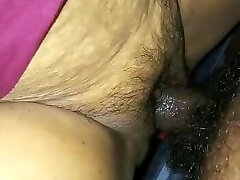 Fucking and Cumming on Indian Mature Cunny