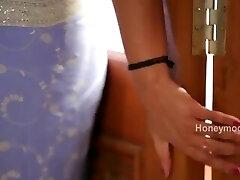 Hot desi shortfilm 172 - Surekha Reddy breast press, navel kiss & press