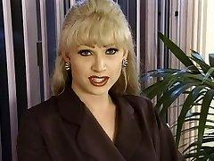 T-Girl Dominatrix-Bitch Brandy Scott