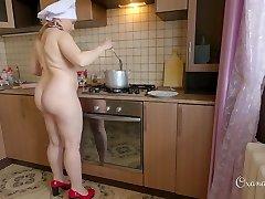 Oxana's culinary flash. Dumplings and coffee with cream.