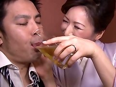 Hitomi Ohashi H Cup Hotty Jav Big Tits Mature Woman Av Actress Dressed As A Mommy Of A Bar And Provocative Customers