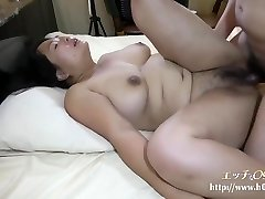 H0930 Ori1555 A Obese Married Woman Who Wets Her Pussy