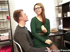 Hook-up with cumshot on glasses