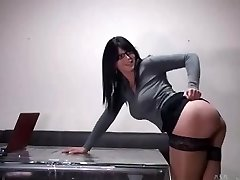 Hot secretary with glasses gets ravaged