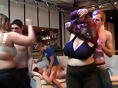 He bangs big bosoms plumper at bbw party