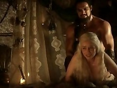 Emilia Clarke: Game of Thrones Naked/Sexy/Hot Vignettes