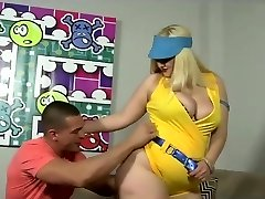 Huge butted blonde milf fucked in her fat ass