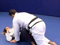 Splendid Megan Fenox tempts her wrestling coach