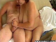 Plump mature amateur wife deepthroats and fucks