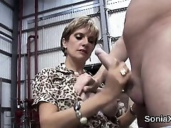 Unfaithful british mature lady sonia exposes her fat hoote