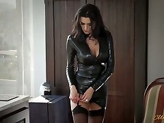 Fantastic mommy in latex Ania Kinski gets drilled properly
