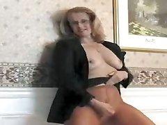 Ample Ass Secretary