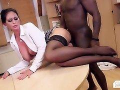 Bums Buero - German Cougar sucks black stiffy at the office