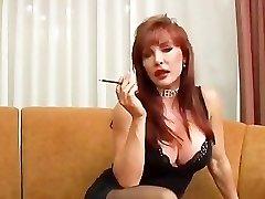 Mature Vanessa smoking and poking