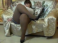 Glorious BBW In Pantyhose