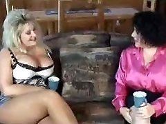 getting some mom in law arse with her pal