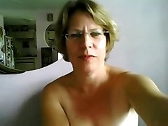 First-ever time mature tits and ass on cam