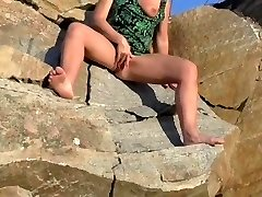 SQUIRTING Cougar POV OUTDOOR HIDDEN CAM CAUGHT GIRL Jack HUGE SQUIRT