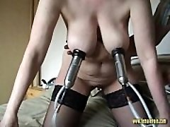 Ultra-kinky Mature Milking Machine