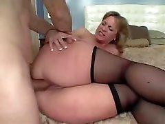 Big Rump Mummy Loves The Anal Sex