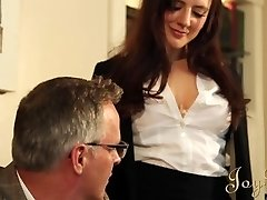 JOYBEAR Wonderful Secretary Samantha Bentley rewarded by school principal