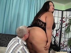 Enormous latina Bbw Lorelai Givemore Wide Load Sex