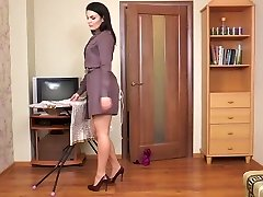 Hairy cougar Kristina Ray does the household errands
