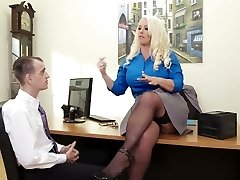 Curvaceous woman boss Alura Jenson ravaged in a missionary stance in the office
