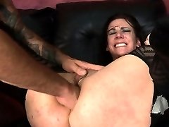 Submissive Gal Gets Anal From Rough Stud