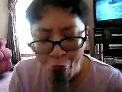 Chinese Milf suck black knob many times