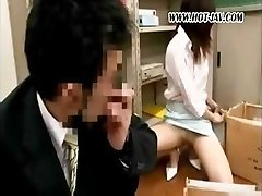 Young Japanese office breezy gets it on with her dirty old boss