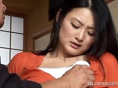 Housewife Risa Murakami toy ravaged and gives a oral pleasure