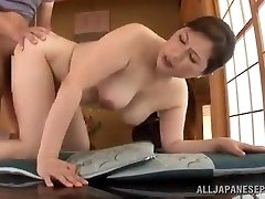 Mature Japanese Babe Uses Her Pussy To Satisfy Her Guy