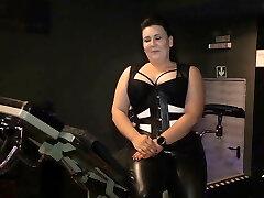 Miss Shiva Bitch - Doctorophobia