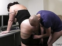 Shaved plumper earns a bonus by getting fucked and eaten right at workplace