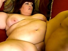 Horny dude discovers the joy of fucking a plumper by hooking up with sexy Jezzebel Joli